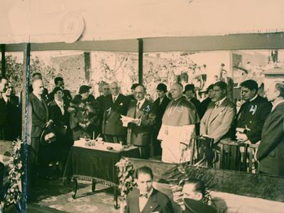 Buenos Aires, San Telmo, Casa Colectiva América inauguration, 1935