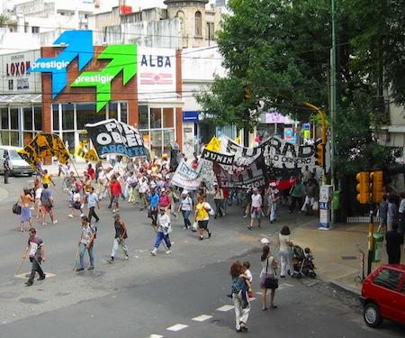 Buenos Aires, Caballito, piqueteros, manifestación, demonstration