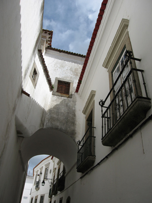 Portugal, Évora, archway, arco