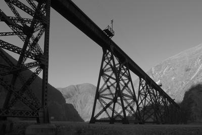 Argentina, Salta, Tren de las Nubes, bridge