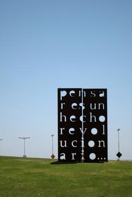 Buenos Aires, Belgrano, Parque de la Memoria, Pensar es un Hecho Revolucionario, Marie Orensanz