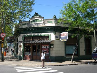 Buenos Aires, Barracas, Farmacia Iriarte