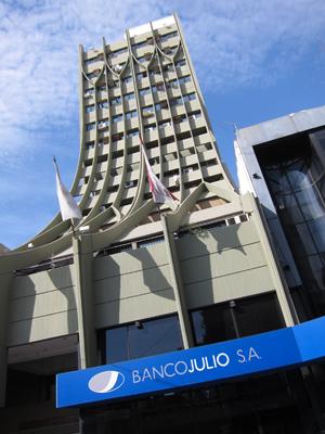 Argentina, Córdoba, Banco Julio