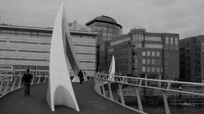 Scotland, Glasgow, River Clyde, Squiggly Bridge