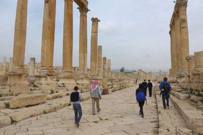 Jordan, Jerash, Roman ruins, cardo, columns