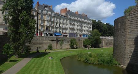 France, Nantes, Château des ducs de Bretagne, moat