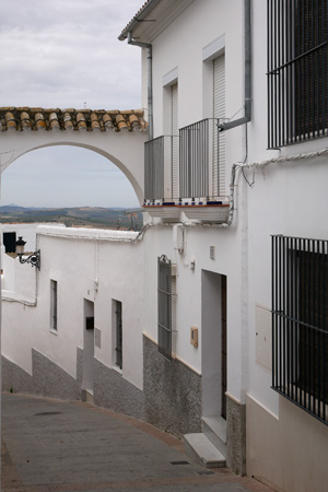 España, Andalucía, Osuna, arches, arcos, Calle San Antón