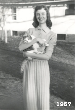 Elizabeth Gae Philby, Liz Wright